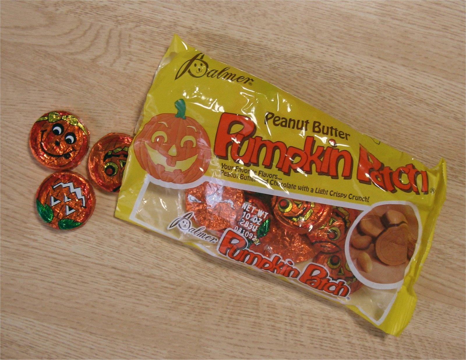 ハロウィンのお菓子2(市販品) Me like chocolate!